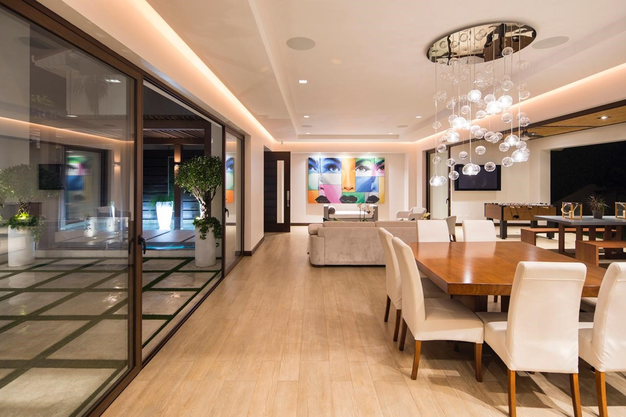 Casa contemporánea de diseño en Valle del Sol venta